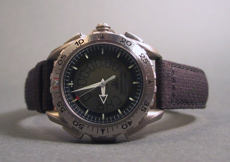 Black Omega Kevlar strap Photograph courtesy of John Wilson (JW)