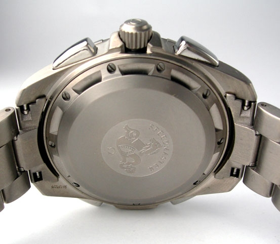 "Gen 1 Caseback. Note the absence of the ""Flight Qualified"" engraving. The serial number can also be seen engraved on the underside of the seven o'clock lug, as it is with most modern Omega models. Photograph courtesy of Fatpants (Alex)"