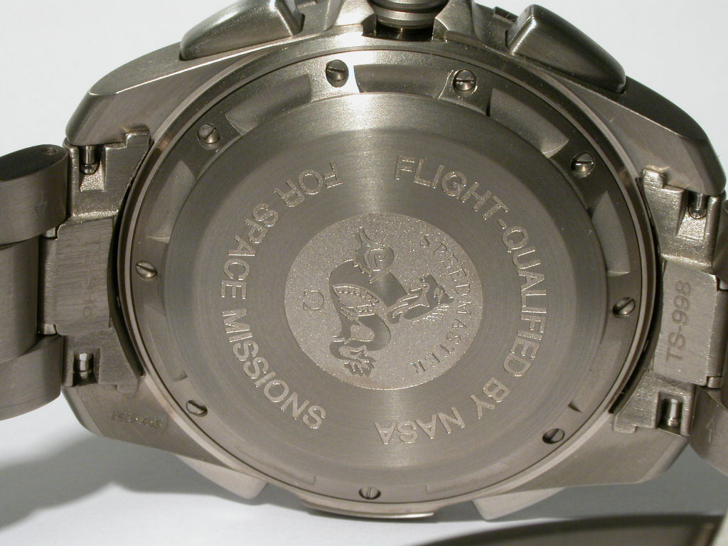 "Gen 2 Caseback – Note the addition of the ""Flight Qualified by NASA for Space Missions"" engraving. Photograph courtesy of MartynJC(UK)"