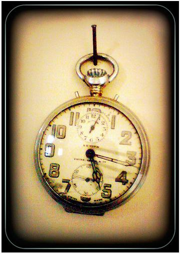 Zenith alarm pocketwatch attributed to Gandhi with different dial and set pins found on Flickr. Photo Flickr user SunnywinterZ
